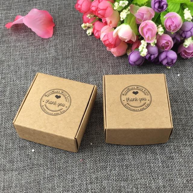 Các mẫu in bao bì giấy nói chung hay mẫu in hộp giấy nói riêng với những ưu điểm nổi bật cho cả người sử dụng lẫn doanh nghiệp. Vì vậy, càng ngày càng được các doanh nghiệp ưa chuộng và lựa chọn in hộp giấy giá rẻ thay thế cho các loại bao bì […]