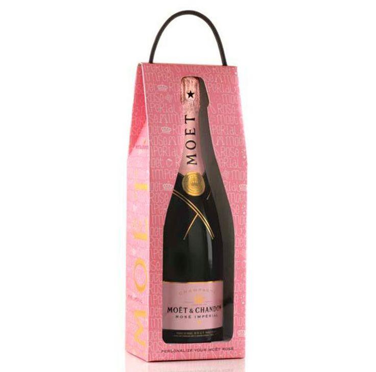 Ngoài hộp giấy, túi giấy được xem là phần bao bì quan trọng đóng chức năng đóng gói, bảo quản và vận chuyển chai rượu. Đặc biệt, trong các dịp lễ tết việc mua túi giấy đựng chai rượu được rất nhiều khách hàng quan tâm nhờ tính thuận tiện, gọn nhẹ và có tác […]