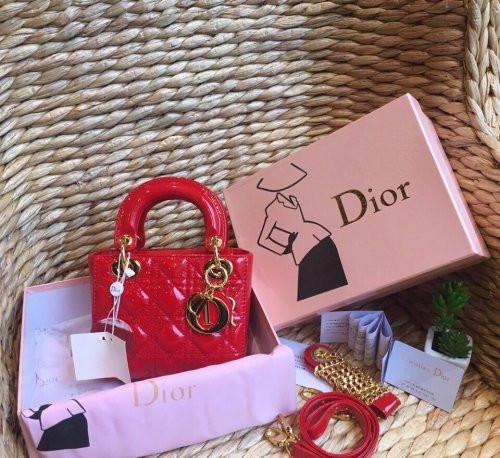 In hộp giấy cao cấp đựng túi xách thương hiệu Dior