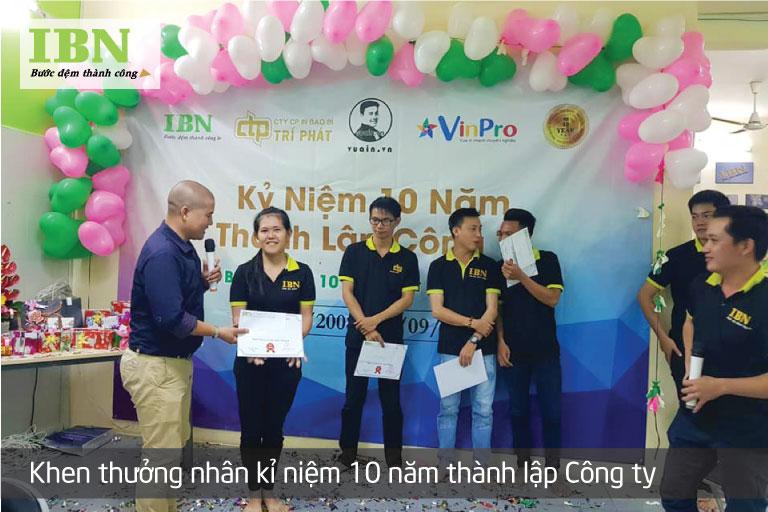 Khen thưởng NV Xuất Sắc dịp Kỷ niệm 10 năm thành lập